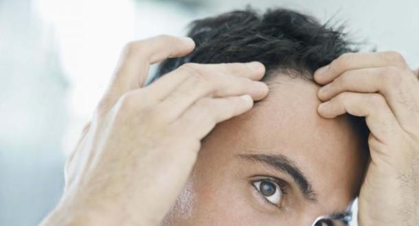 dlaczego włosy siwieją